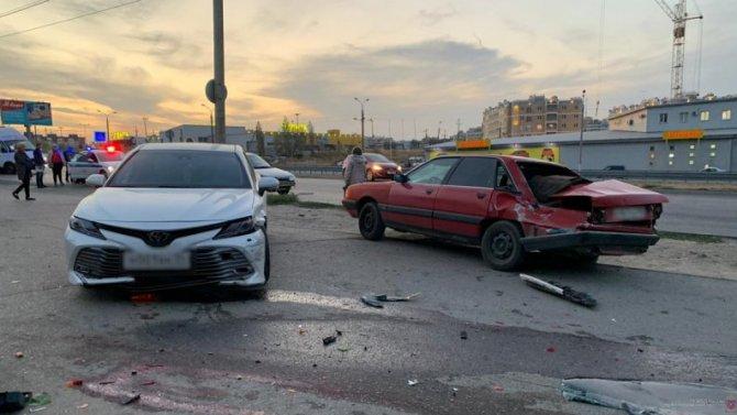 В Волгограде в ДТП погибла пожилая женщина-пешеход
