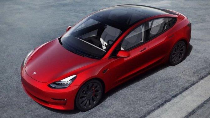 Представлена рестайлинговая Tesla Model 3
