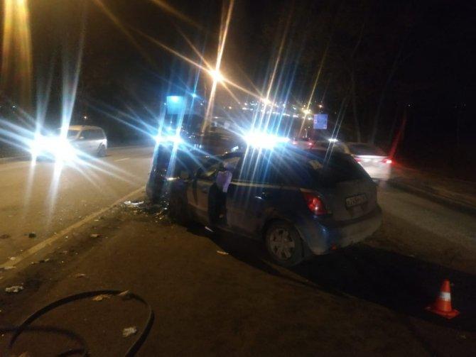 В ДТП в Ростове пострадали три человека (2)