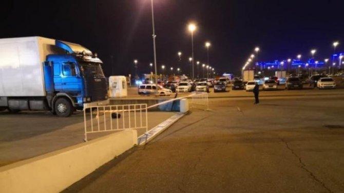 В Краснодаре грузовик насмерть сбил мужчину на парковке