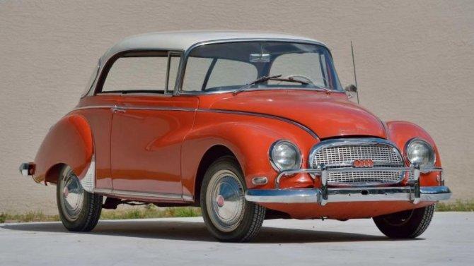 Напродажу выставлено купе Audi 60-х годов