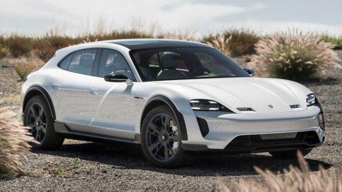 Фирма Porsche представит в будущем году сразу шесть новинок