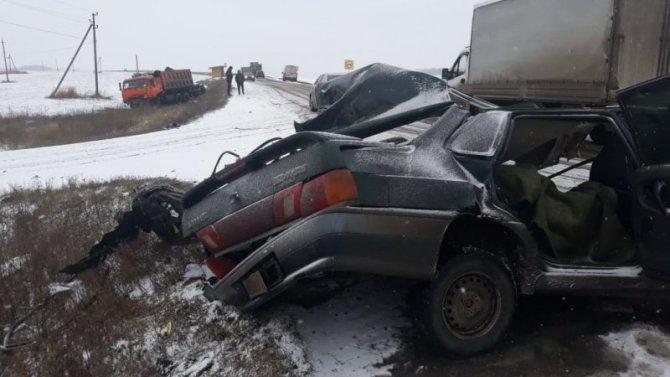18-летний водитель ВАЗа погиб в ДТП в Орловской области