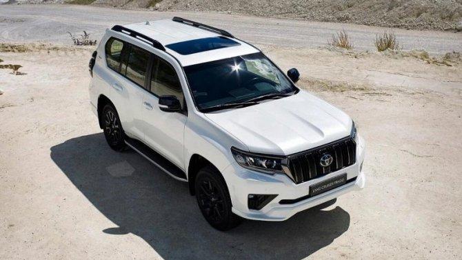 ВРоссии начались продажи новой версии Toyota Land Cruiser Prado