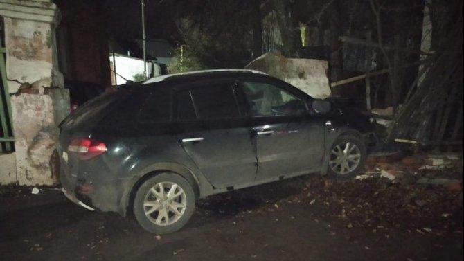 Водитель иномарки погиб в ночном ДТП в Богородицке
