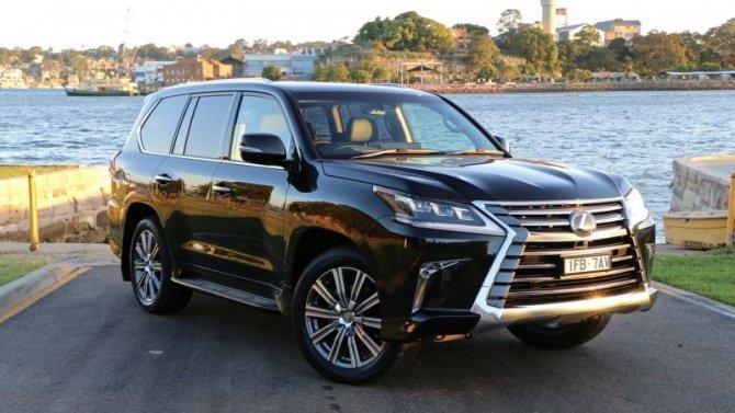 Фирма Lexus стала «миллионером»