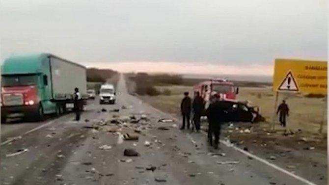 Мужчина и женщина погибли в ДТП в Суровикинском районе Волгоградской области