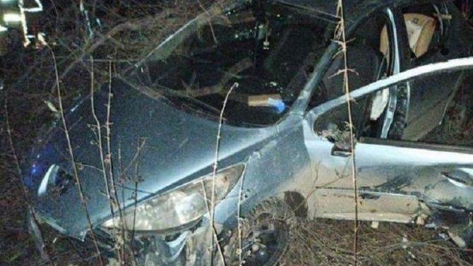 26-летняя девушка погибла при опрокидывании машины в Екатеринбурге