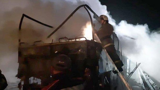 ВРостовской области загорелся пассажирский автобус