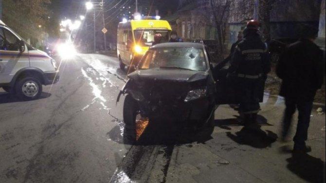 В центре Саратова в ДТП погиб водитель «Лады»