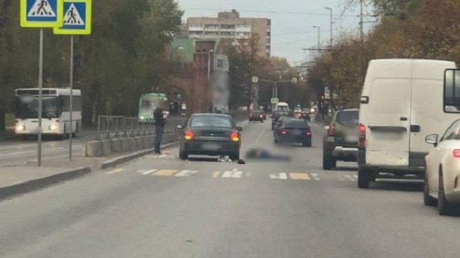 В Калининграде на переходе сбили мужчину