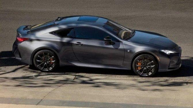 Две модели Lexus получили новое исполнение