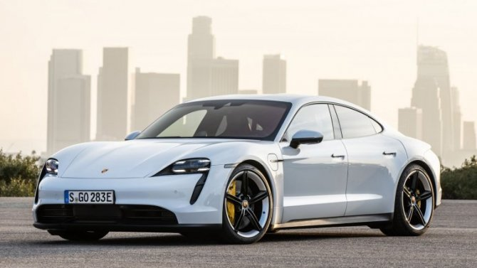 ВРоссии сертифицирован Porsche Taycan