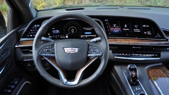 Что может тачскрин нового Cadillac Escalade?
