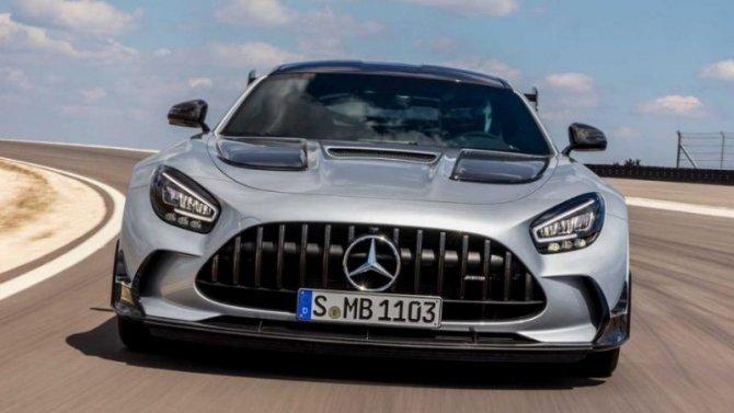 Известна российская стоимость самого мощного Mercedes-AMG