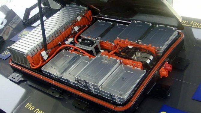 Toyota разрабатывает инновационный аккумулятор