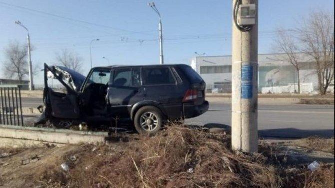 В ДТП в Волжском погиб водитель автомобиля