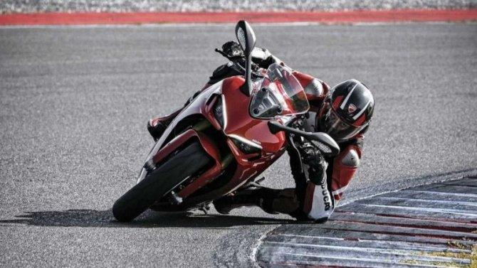 Представлен обновлённый Ducati SuperSport 950