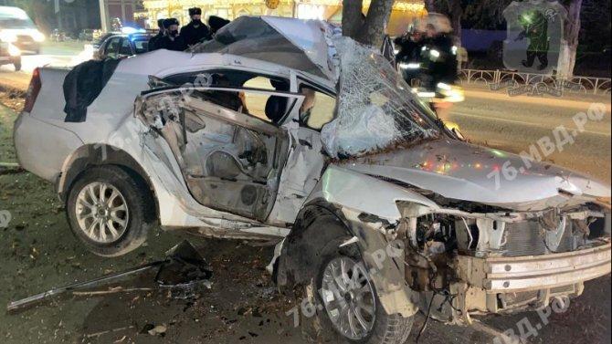 В ДТП в Ярославской области погиб 33-летний водитель