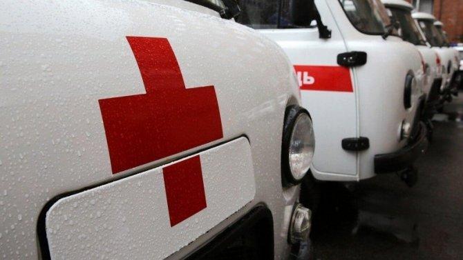 Девушка пострадала при опрокидывании автомобиля в Дновском районе
