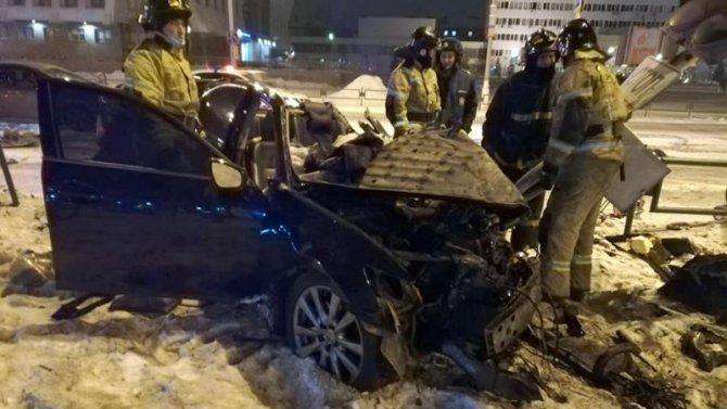 В ДТП с автобусом в Братске погибла девушка-водитель Lexus