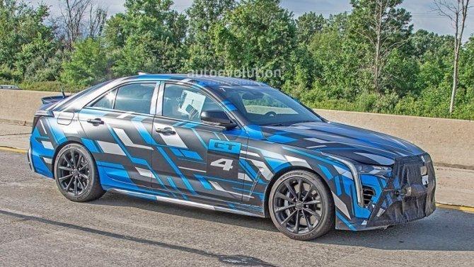 Первые покупатели новых седанов Cadillac получат эксклюзивные подарки