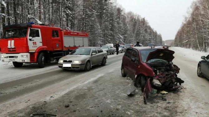 В ДТП под Нижним Тагилом пострадали двое взрослых и подросток