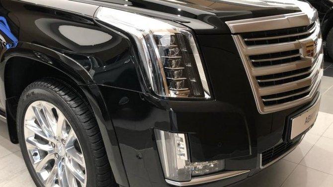 Cadillac Escalade Platinum по цене Luxury!