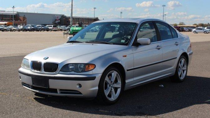 Старые BMW могут загораться