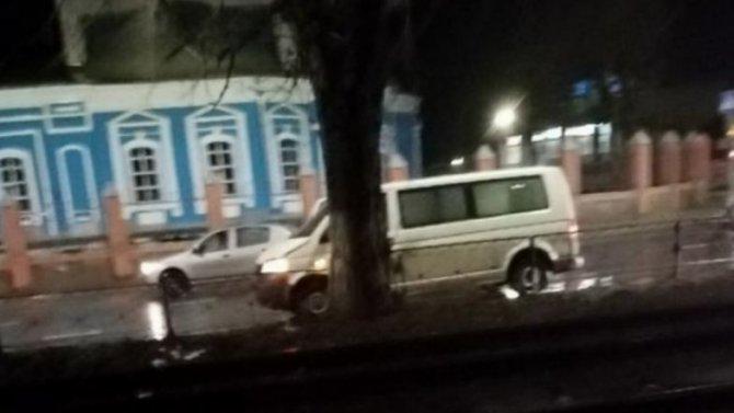 17-летняя девушка вКурске решила поиграть согнями светофора