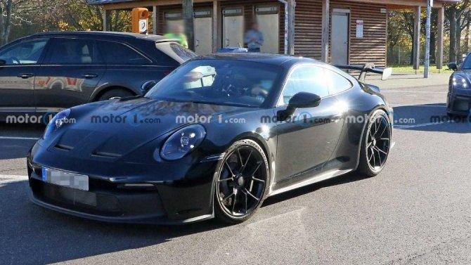 Натреке появился обновлённый Porsche 718 Cayman GT4 RS