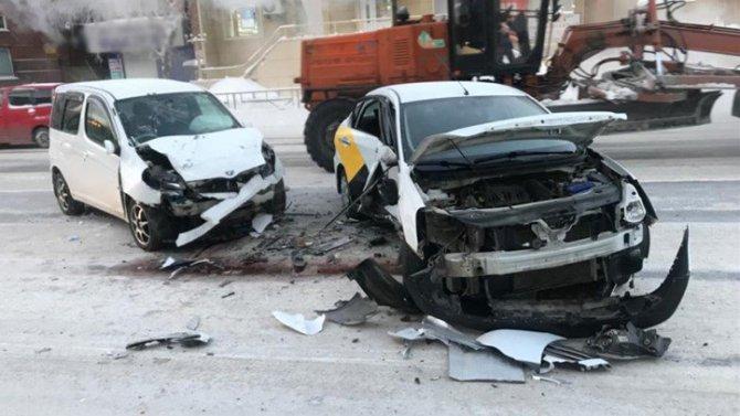 В Томске в ДТП с автобусом пострадали трое