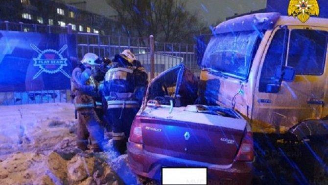 В ДТП в Калуге погибли два человека