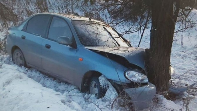 В Балаковском районе в ДТП пострадали двое взрослых и двое детей
