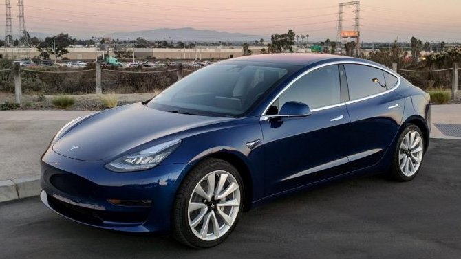 Tesla Model 3 прошла рестайлинг