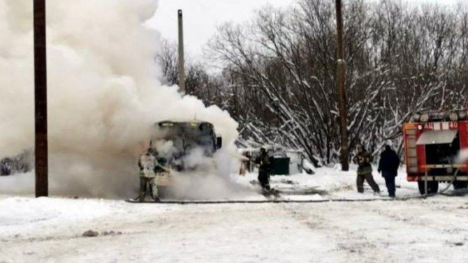 ВАрхангельске полностью выгорел рейсовый автобус, опострадавших несообщается
