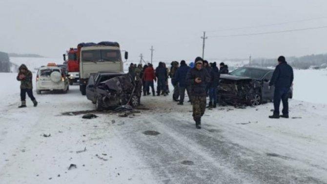 Жуткая авария вСабинском районе Татарстана, погибли двое взрослых ималенький ребенок