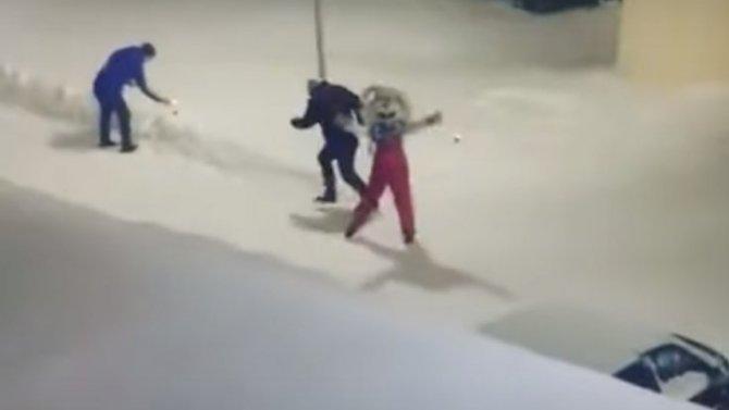 Из всех, кто находился в салоне при столкновении Chevrolet Orlando с КамАЗом в Козловском районе, выжила только одна девочка