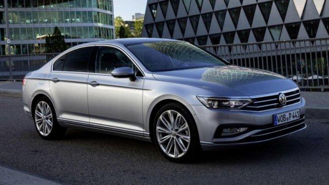 Российская версия Volkswagen Passat вновь получит двухлитровый двигатель