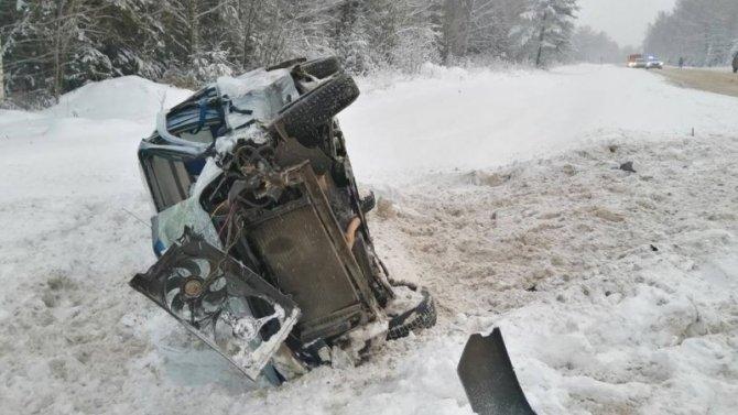 В ДТП в Кирово-Чепецком районе погибла пассажирка иномарки