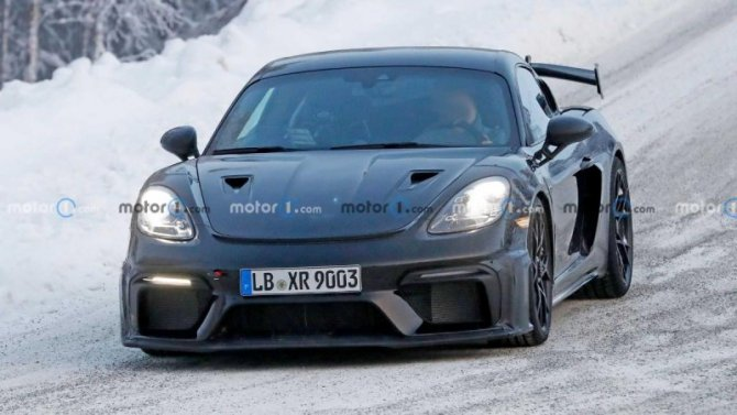 Новый Porsche Cayman GT4 RS: ждать премьеры осталось недолго