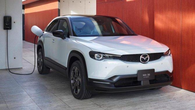 ВЯпонии начались продажи электромобиля Mazda MX-30
