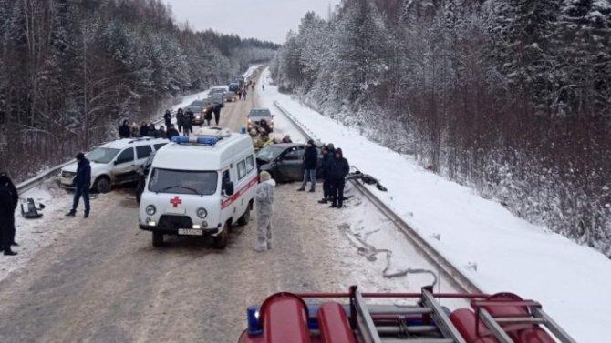 Пять человек пострадали в ДТП в Кировской области