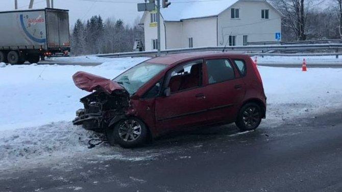 В ДТП на трассе М-10 пострадал человек