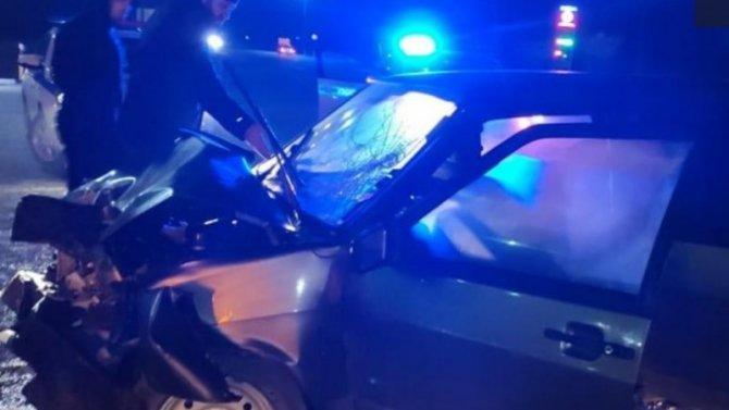 НаСтаврополье при столкновении «девятки» смикроавтобусом пострадали двое несовершеннолетних