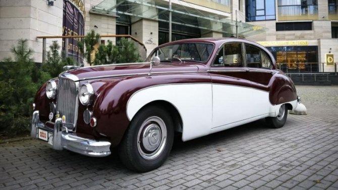 ВРоссии выставлен напродажу уникальный Jaguar