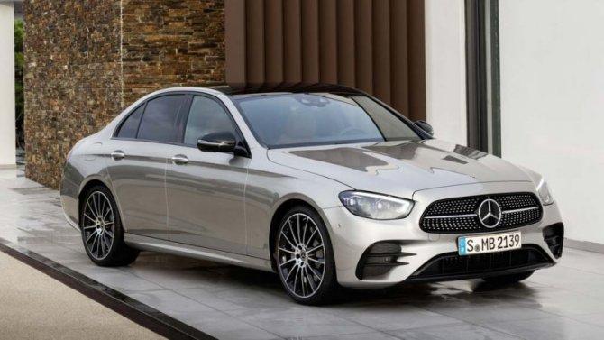 Mercedes-Benz: российские продажи снизились, нонекритично