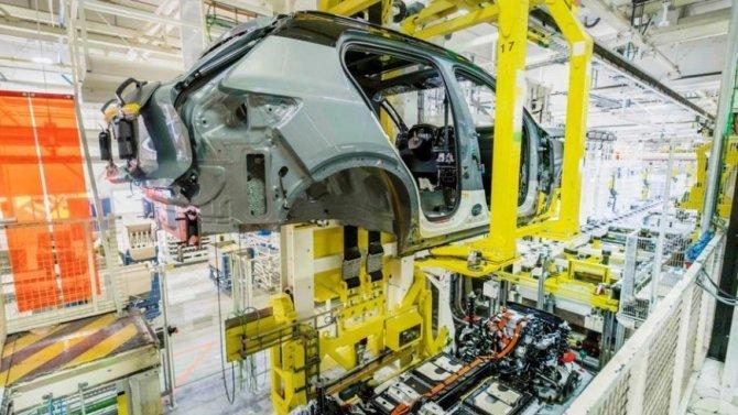 Volvo утроит производство электромобилей
