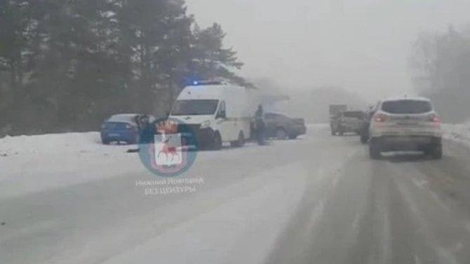 Под Нижним Новгородом ваварии два человека погибли, трое ранены