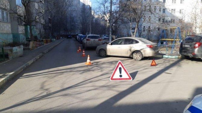 21января вАстрахани стразу два ДТП сучастием несовершеннолетних пешеходов